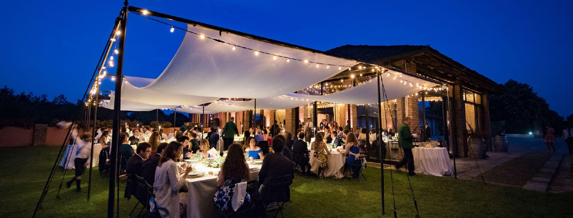 Una cena sotto le stelle a Villa Fiorita.